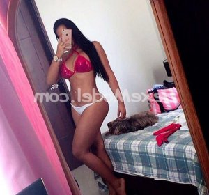 Anne-charline escortgirl
